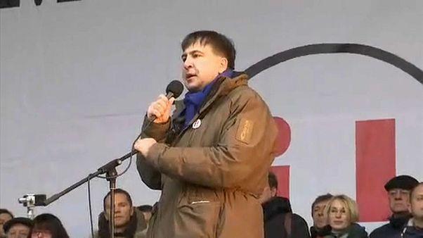 Саакашвили митингует на Майдане