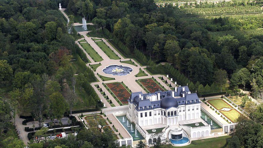 صورة لقصر الملك لويس الرابع عشر الذي اشتراه ولي العهد السعودي محمد بن سلمان