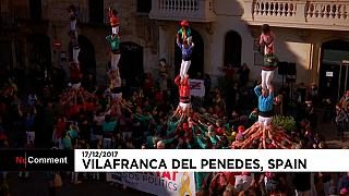 Spanien: Protest in Form einer Menschenpyramide