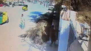 CCTV captures attackers as they try to break into Pakistan church