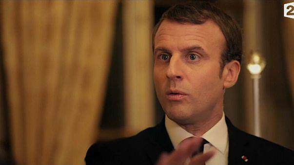 """ماكرون يدعو المجتمع الدولي إلى """"التحدث"""" مع الأسد"""