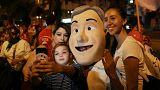 Anhänger von Sebastián Piñera feiern mit seinem Konterfei