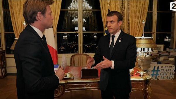 """Macron: """"Primeiro o Daesh, depois Assad"""""""