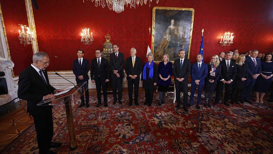 Austria: ha giurato il governo con l'estrema destra