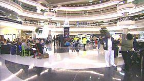 Jubel am Flughafen Atlanta: Nach 10 Stunden wieder Strom