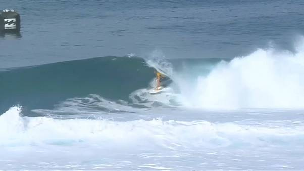 Frederico Morais eliminado do Billabong Pipe Masters