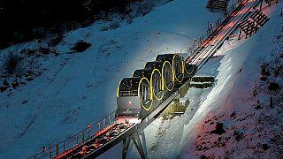 Dünyanın en dik füniküler hattı İsviçre'de açıldı