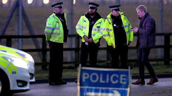 Incidente en la base militar estadounidense de Mildenhall en el Reino Unido, un detenido por forzar el acceso con su coche.