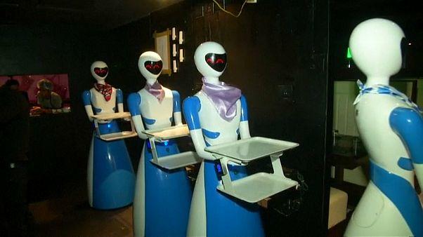 Quand les robots remplacent les serveurs