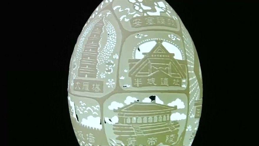 Sculpteur de coquilles d'œufs