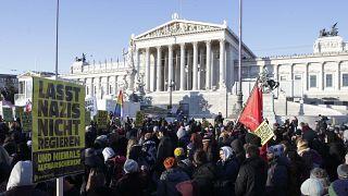 Wien: Tausende protestieren gegen ÖVP-FPÖ Regierung