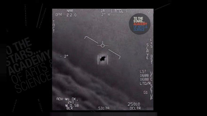 البنتاغون يعترف بوجود برنامج سري لرصد الصحون الفضائية