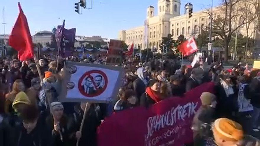 Tüntettek az új osztrák kormány ellen