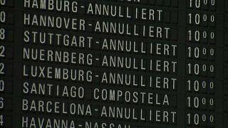 Снег парализовал аэропорт во Франкфурте