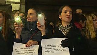 Bírák és ügyészek tüntettek Bukarestben