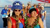 شنا در آب یخ؛ اعتراض طرفداران ورزش روسیه به محرومیت از المپیک ۲۰۱۸
