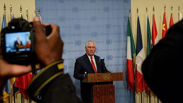سرية تامة حول لقاء وزير الخارجية الصيني بتيلرسون