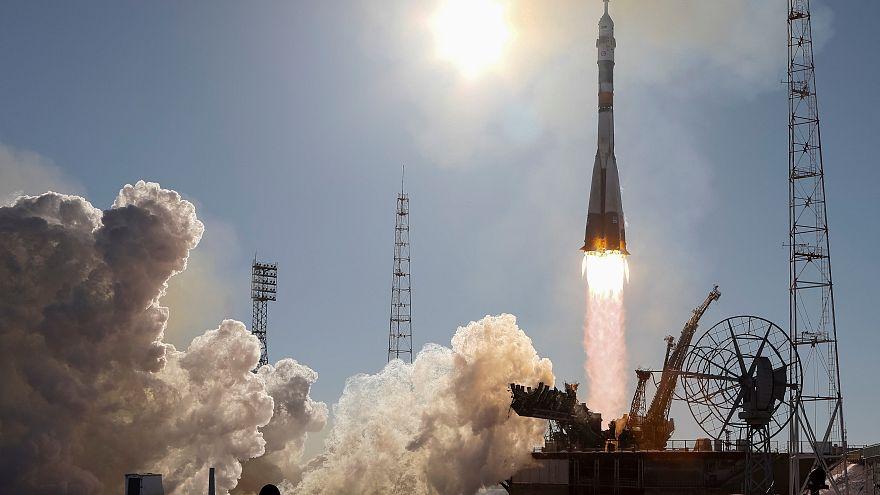 Soyuz chega à Estação Espacial Internacional