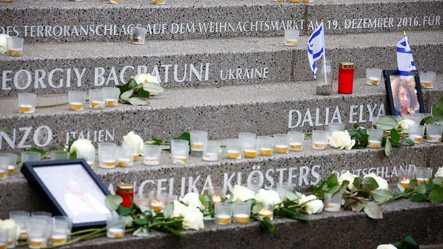 Un an après l'attentat de Berlin, hommage et polémique