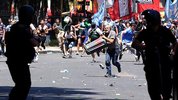 Argentinien: Proteste gegen Rentenreform