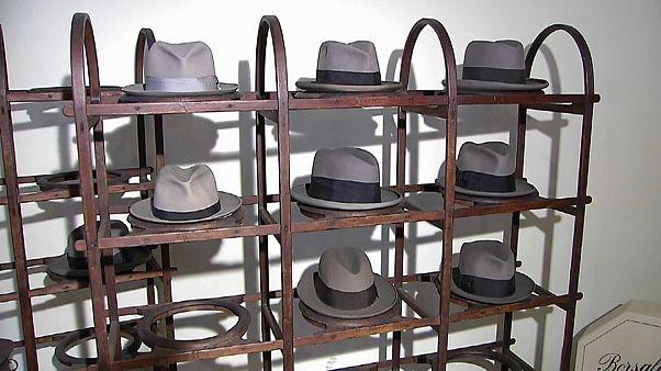 Махнем шляпой на прощанье