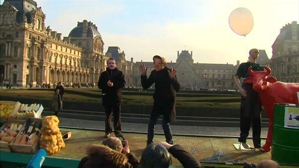 Agricoltori francesi contro Macron: penalizzati da differenze con altri Paesi