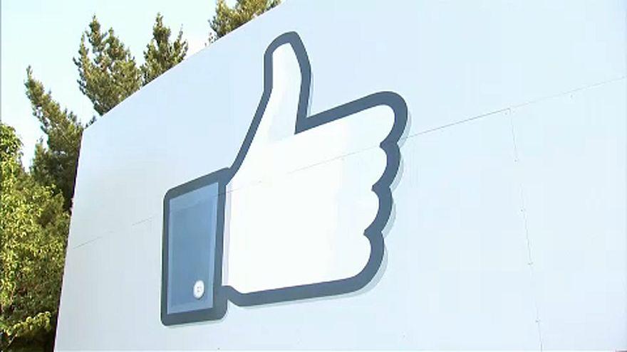Arcfelismeréssel segít a Facebook