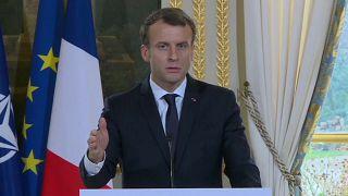 Emmanuel Macron recusa acusações de Bashar al Assad