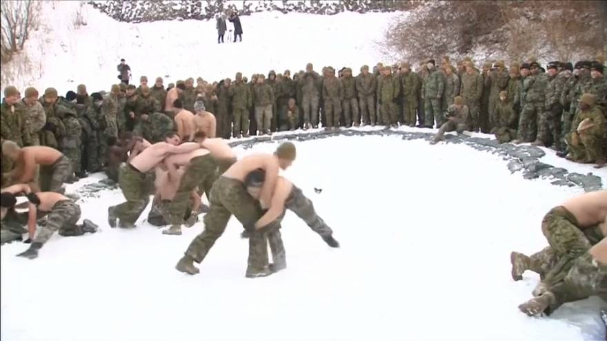 تدريبات قتالية بين القوات البحرية الاميركية ومثلاتها الكورية الجنوبية