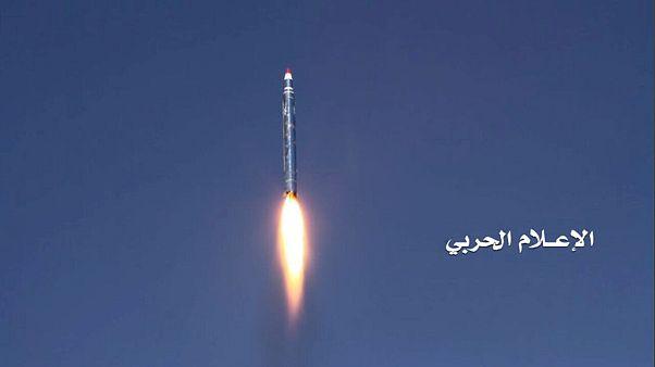 Yemen'den Riyad'a füze saldırısı