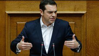 Parlamento grego aprova orçamento de Estado para 2018