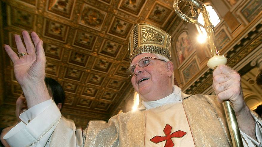 الكاردينال برنارد لو في كاتدرائية روما سانتا ماريا ماجوري (روما)