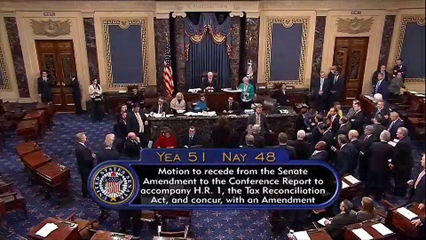 Megszavazta az adóreformot az amerikai szenátus