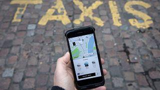 Döntött az Európai Bíróság: az Uber taxicég, nem digitális szolgáltatás