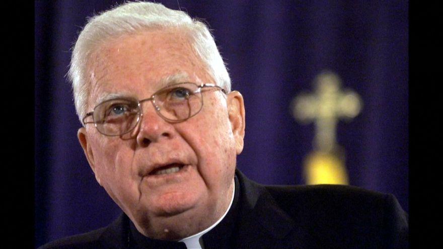 Mort du cardinal Law qui protégeait les prêtres pédophiles à Boston
