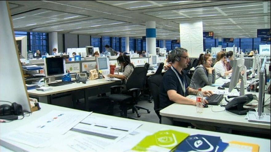 Taranto, lavorare al call center per 33 cent all'ora