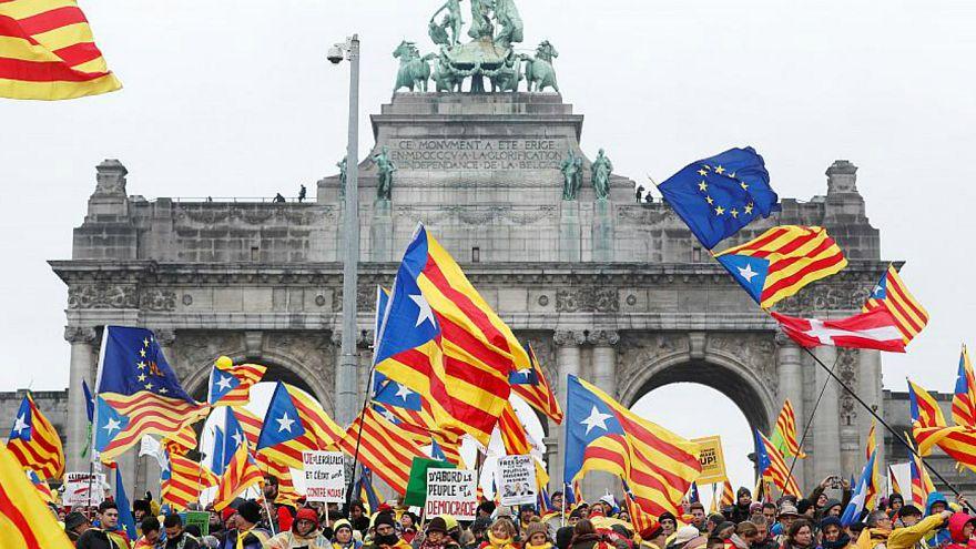آنچه باید از انتخابات منطقه ای در کاتالونیا بدانیم