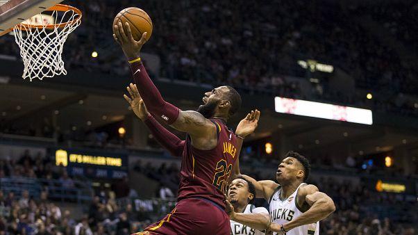 LeBron James'in sayıları Cleveland Cavaliers'i kurtaramadı