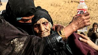 Displaced Iraqi women who just fled their home