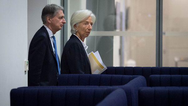"""Брексит"" тормозит экономику"