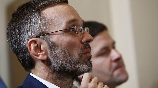 Shitstorm und Lob: Kusine kritisiert neuen österreichischen Innenminister Kickl
