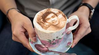 Selfieccino debutes in London cafe
