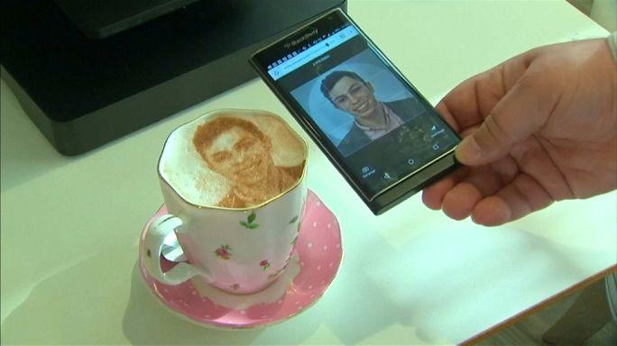 Ma tête dans mon café