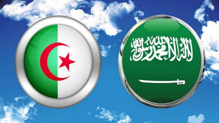 العلم الجزائري والعلم السعودي