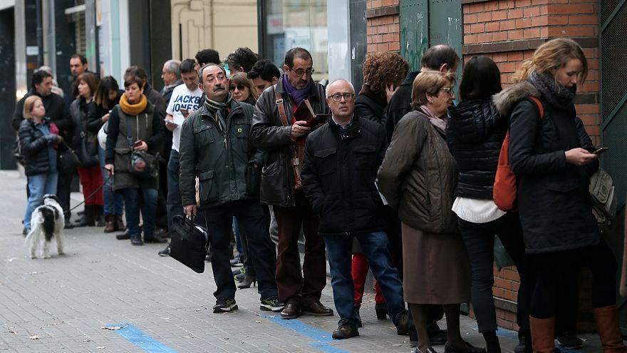 Arranca votação na Catalunha