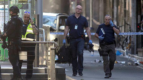 """Melbourne: auto contro folla, per polizia """"atto deliberato"""""""