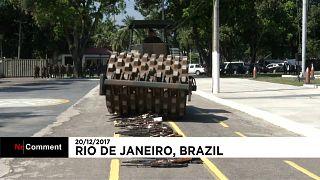 Fegyvereket semmisítettek meg Brazíliában