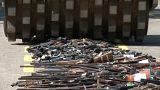 Brezilya'da silindirle silah parçalandı
