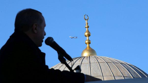 اردوغان خطاب به ترامپ: اراده ملتها را نمیتوان با دلار خرید
