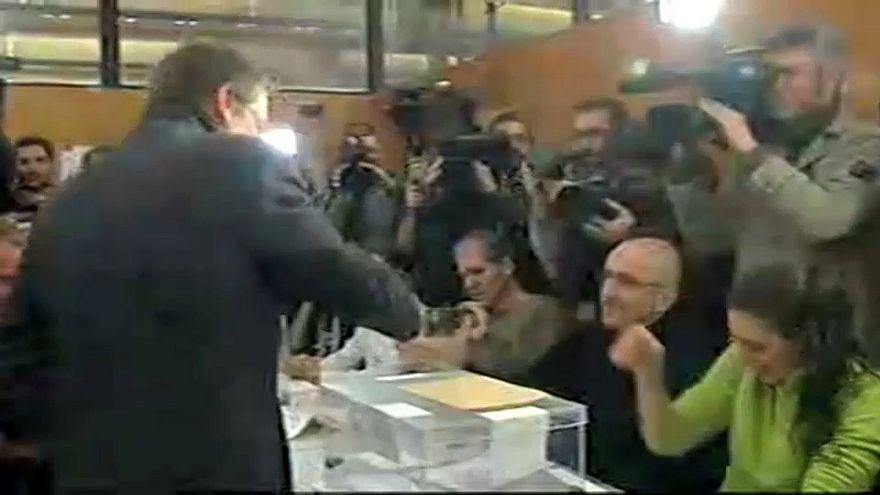 Каталония: политические лидеры проголосовали